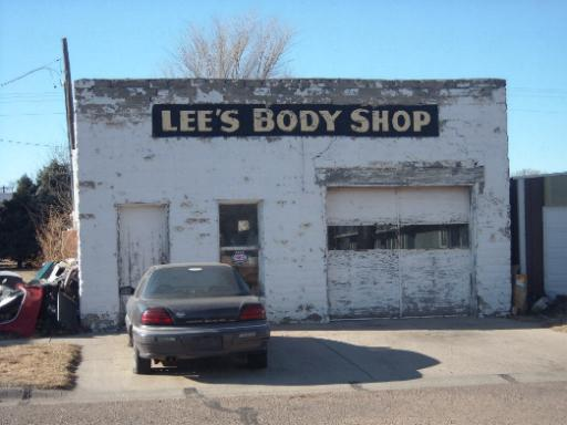 Lee's Body Shop